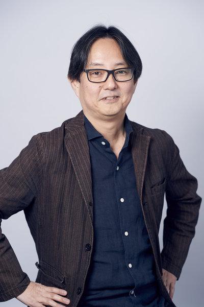 スージー鈴木prof.jpg